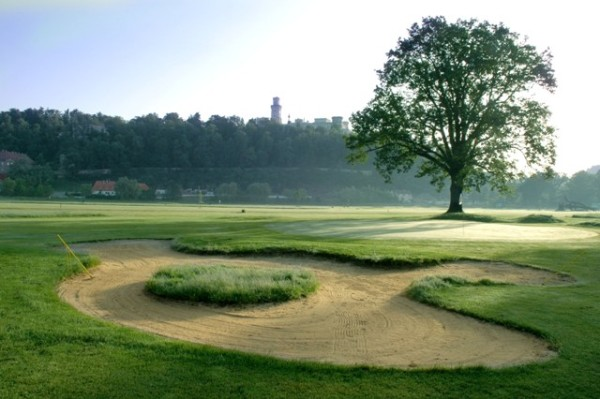 Hluboká golf
